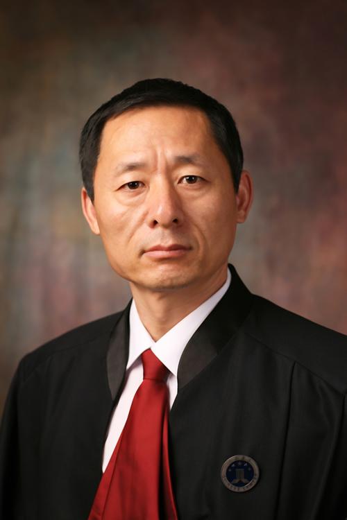 李新儒 律师